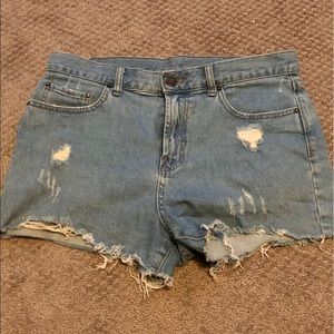 3/$35 BDG Girlfriend denim shorts